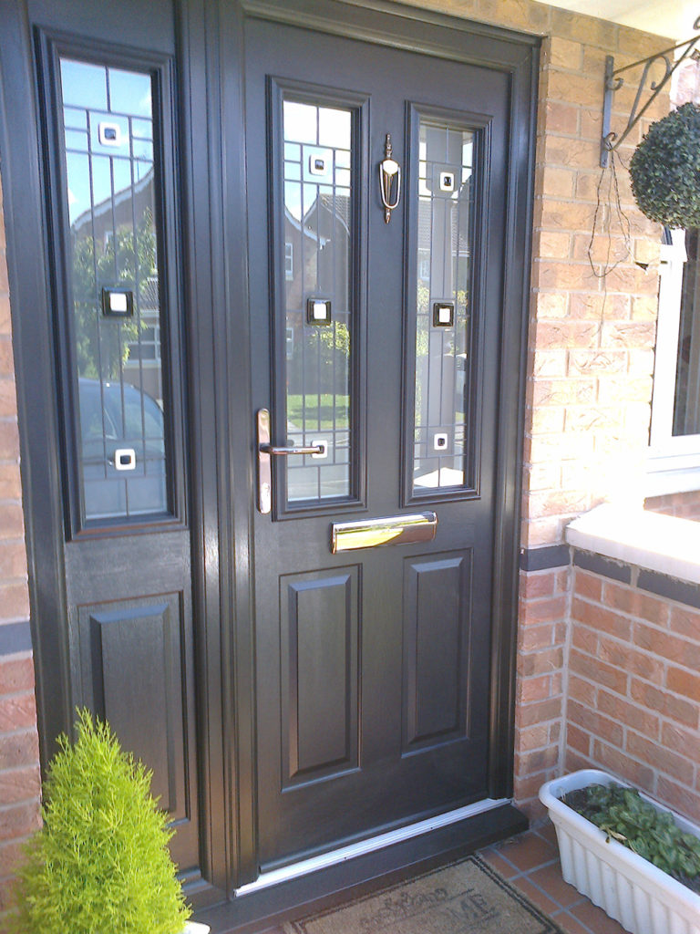 Composite Door with Side Panel